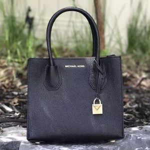 Sale❤️Michael kors Small leather tote